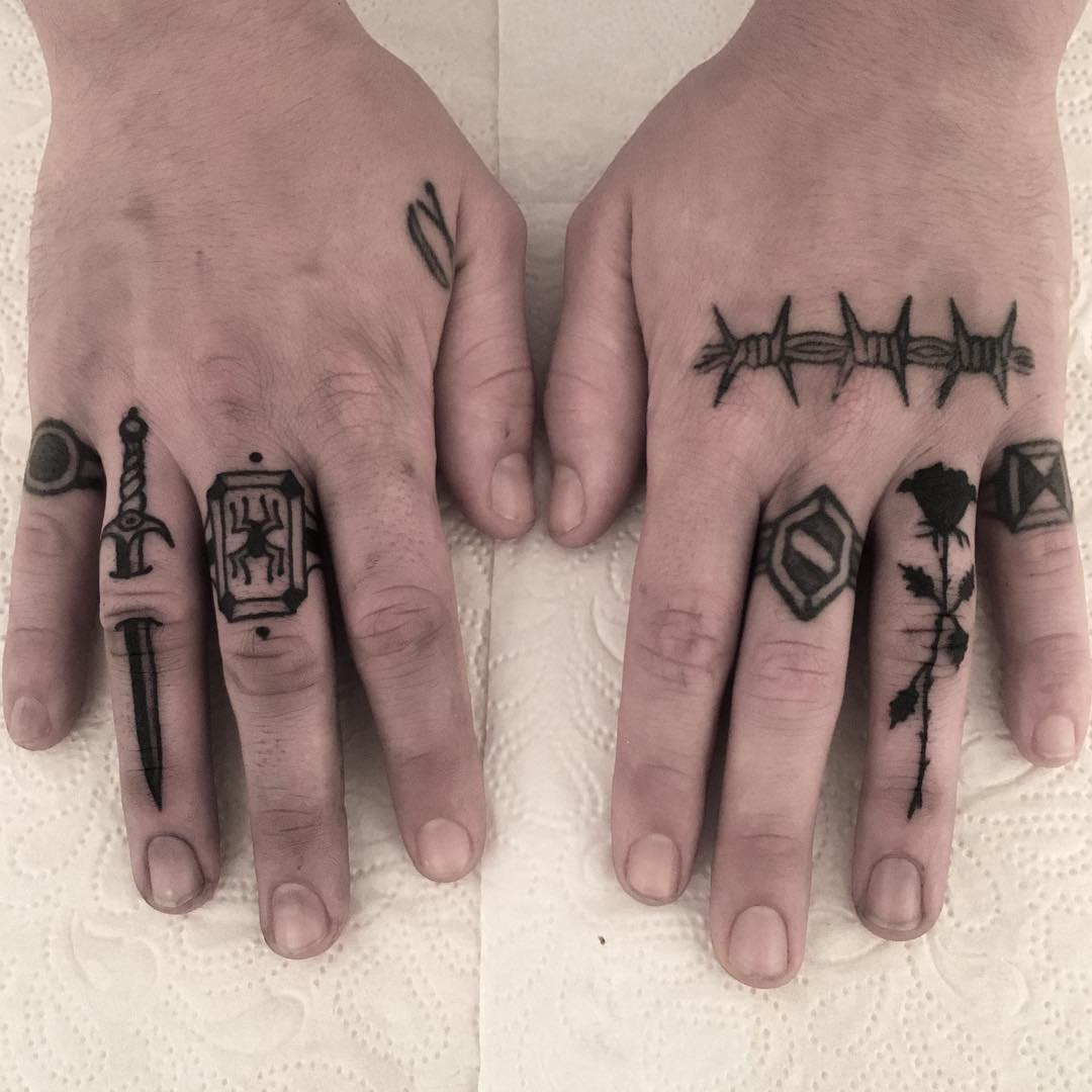 Various fingers tattoos by Carina Soares