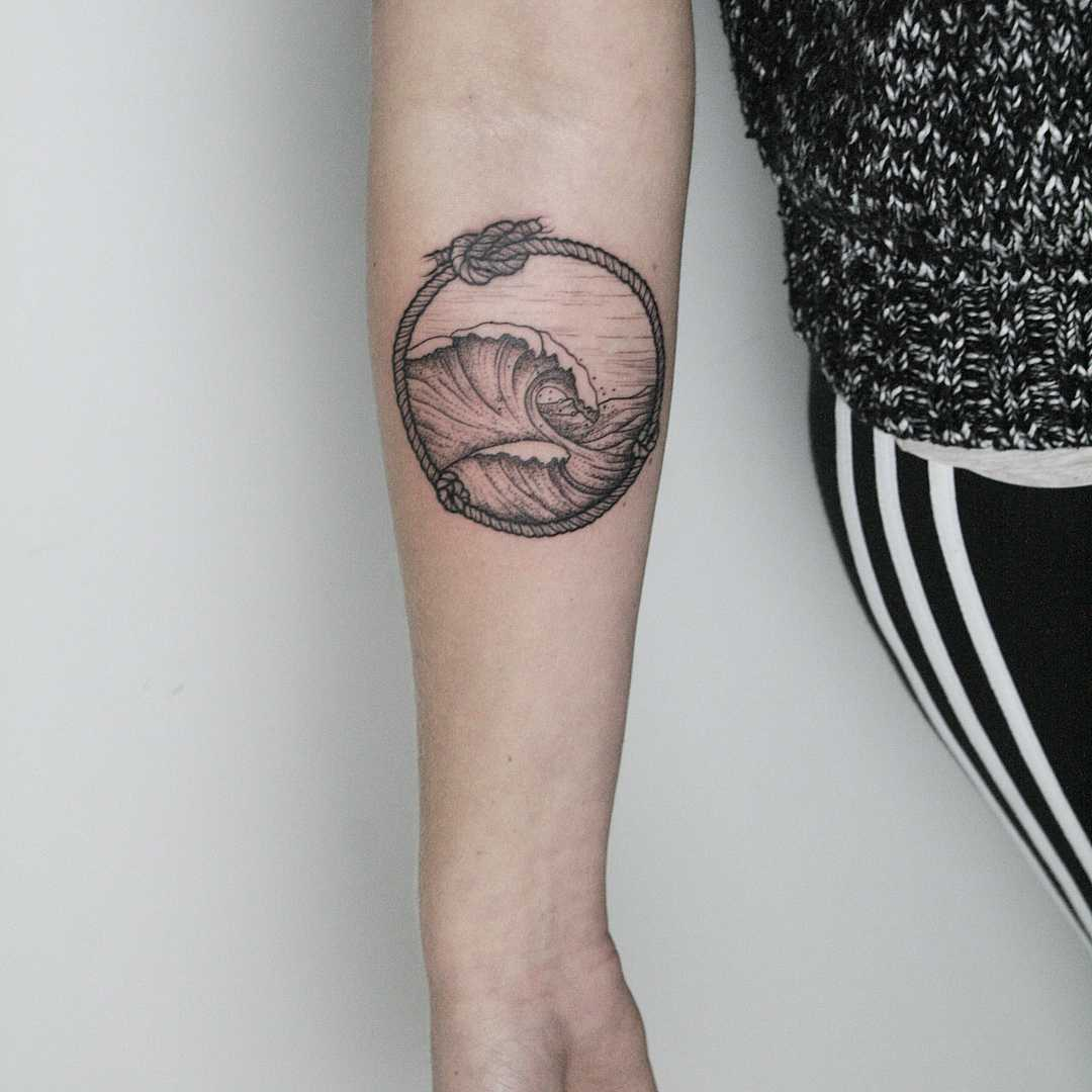 Wave in a rope by tattooist Spence @zz tattoo