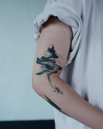 Abstract tree tattoo by Studio Bysol