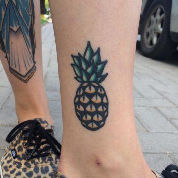 Ankle pineapple by Krzysztof Szeszko