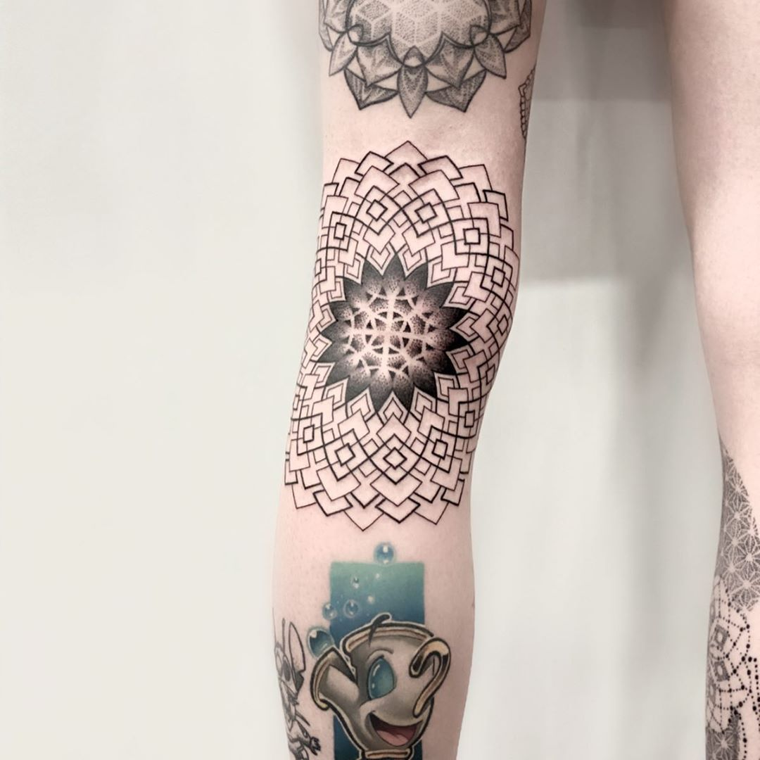 Back of knee by Remy B