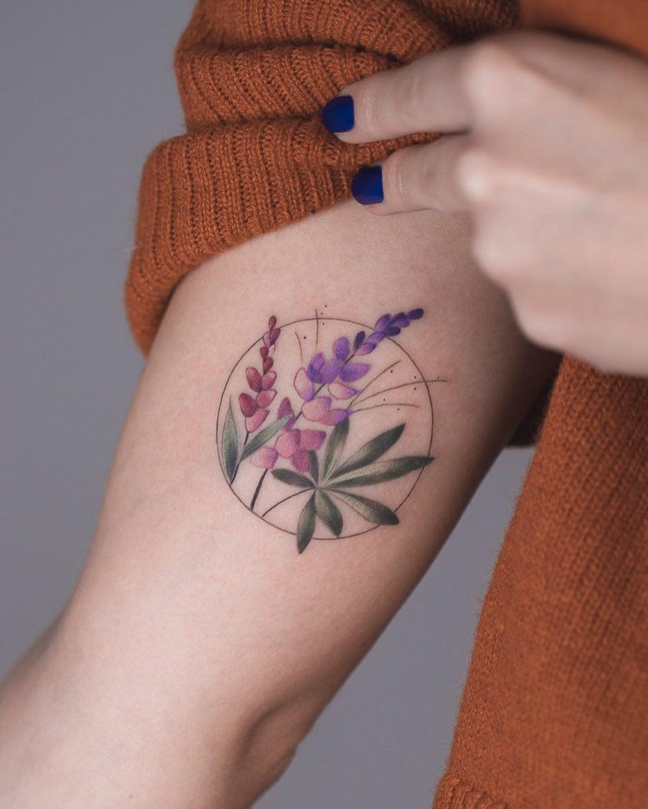 Beautiful flowers by Rey Jasper