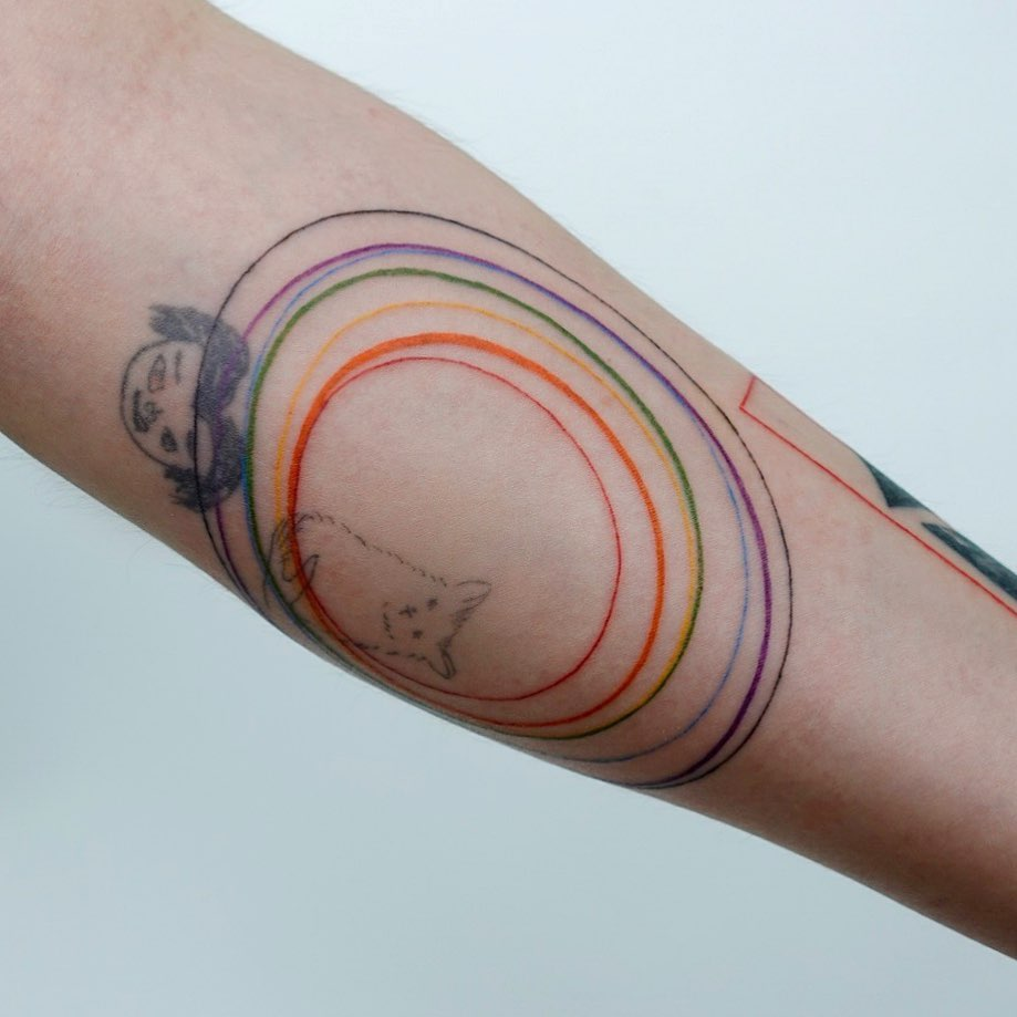 Colorful circles by tattooist Yeonho