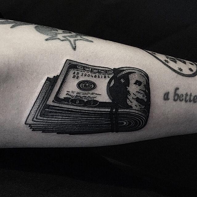 Dollar bundle tattoo by tattooist yeontaan