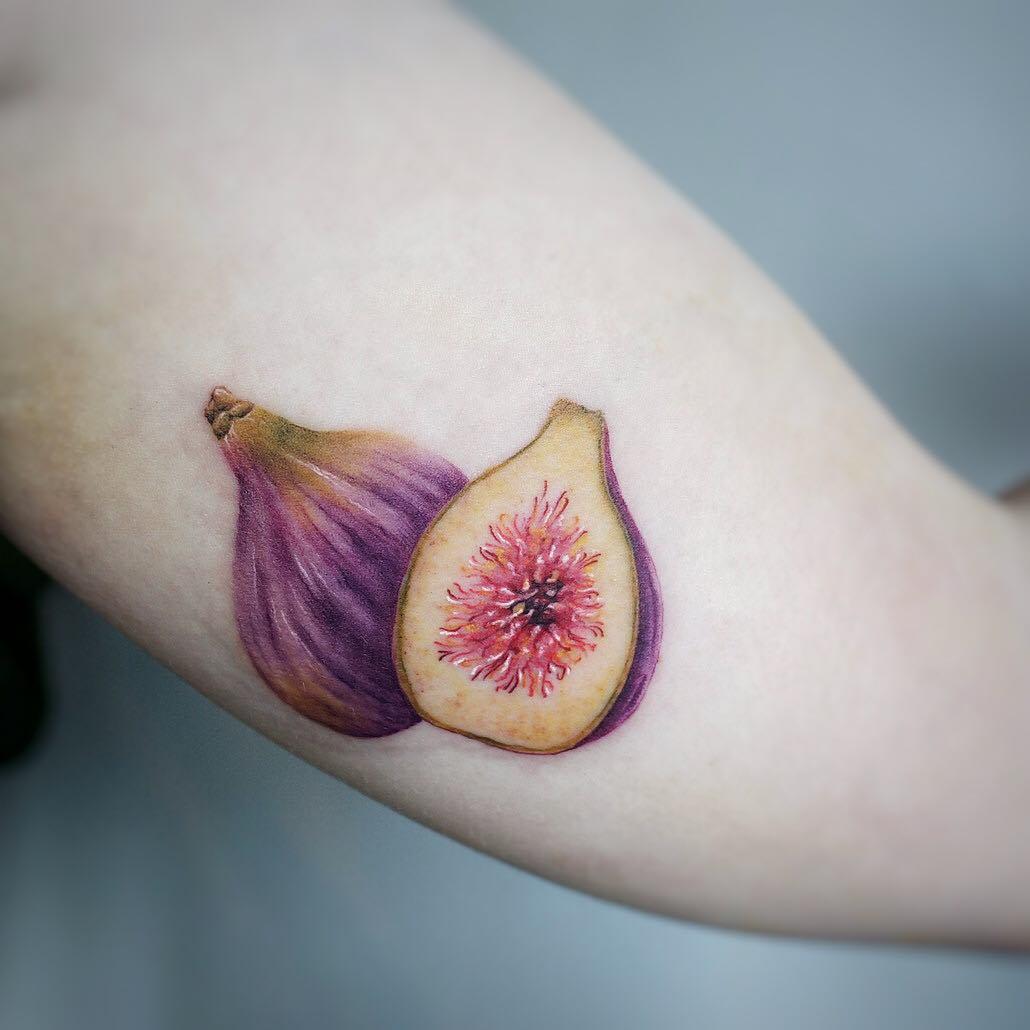 Fig fruits by tattooist G.NO