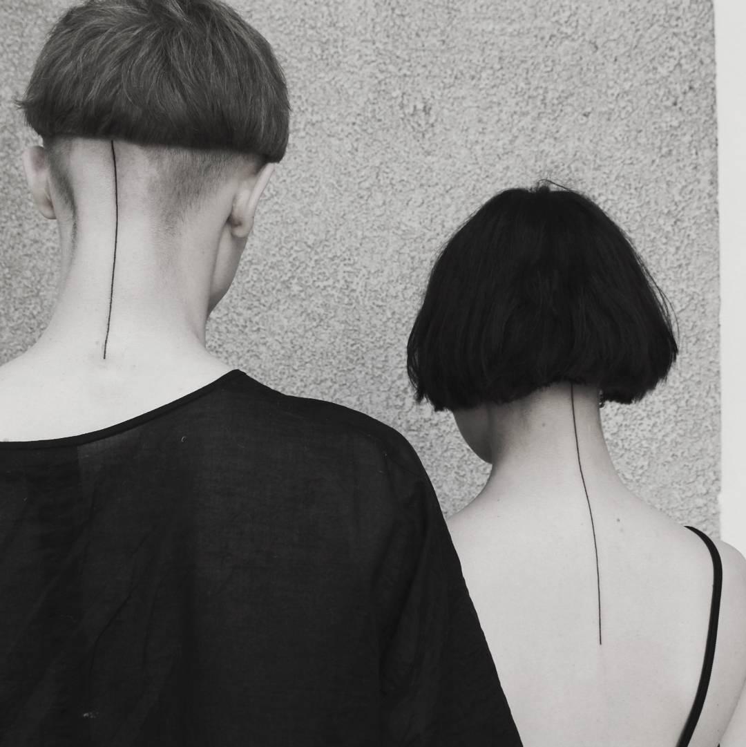 Matching neck lines by Aga Kura