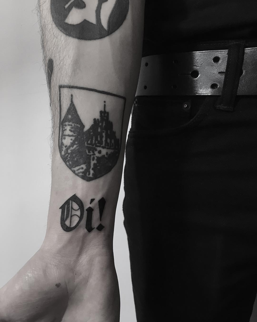 Oi Castle by Krzysztof Szeszko