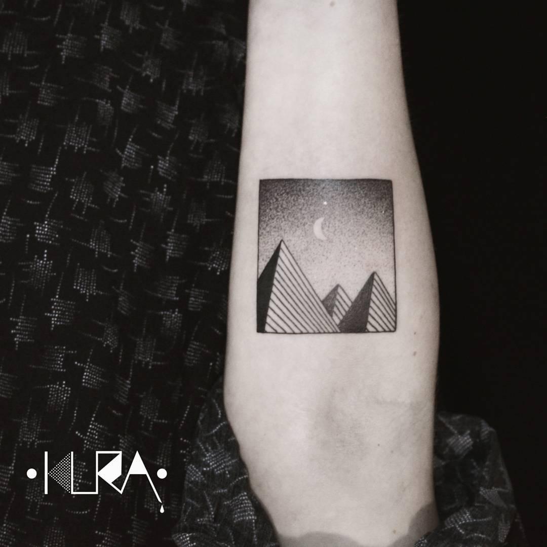 Pyramids by Aga Kura