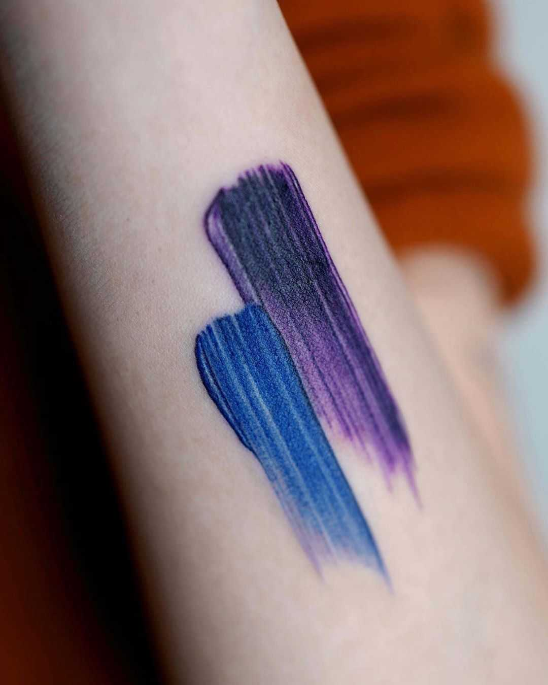 Cover-up brush strokes by Studio Bysol