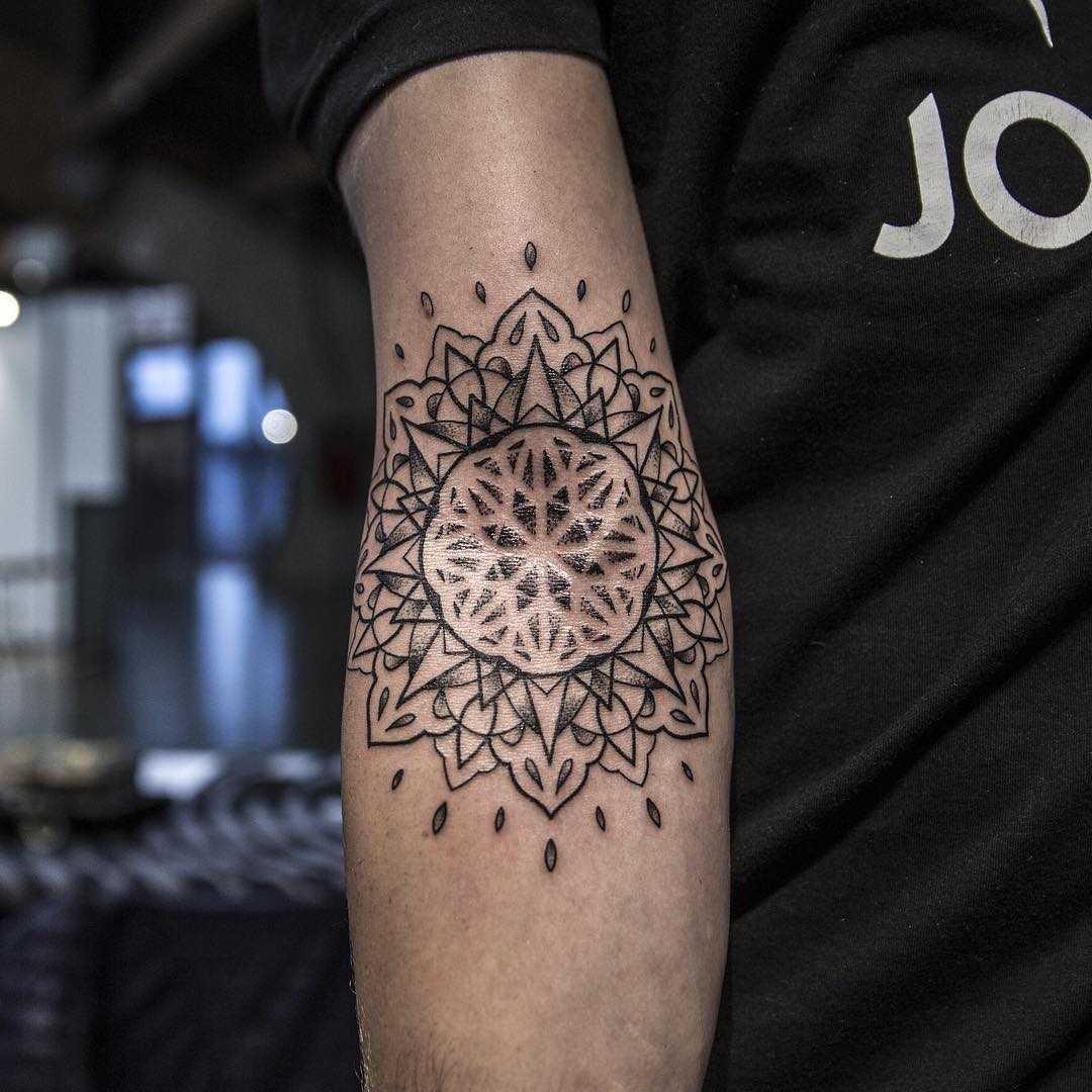 Inner elbow mandala by Remy B