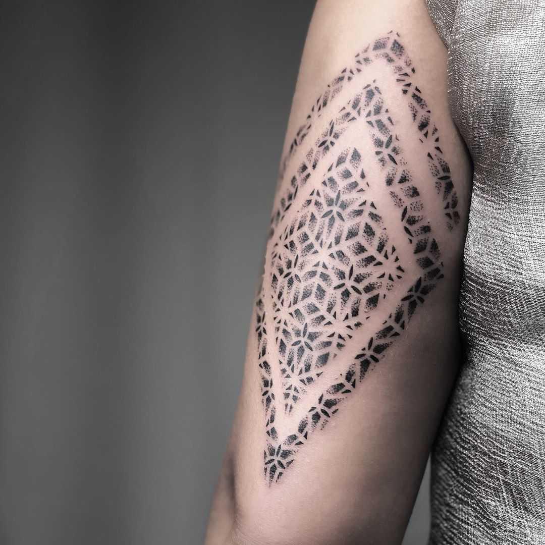 Little rhombus pattern by Remy B