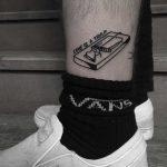 Love is a trap tattoo by Krzysztof Szeszko