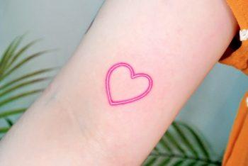 Pink heart by tattooist Cozy