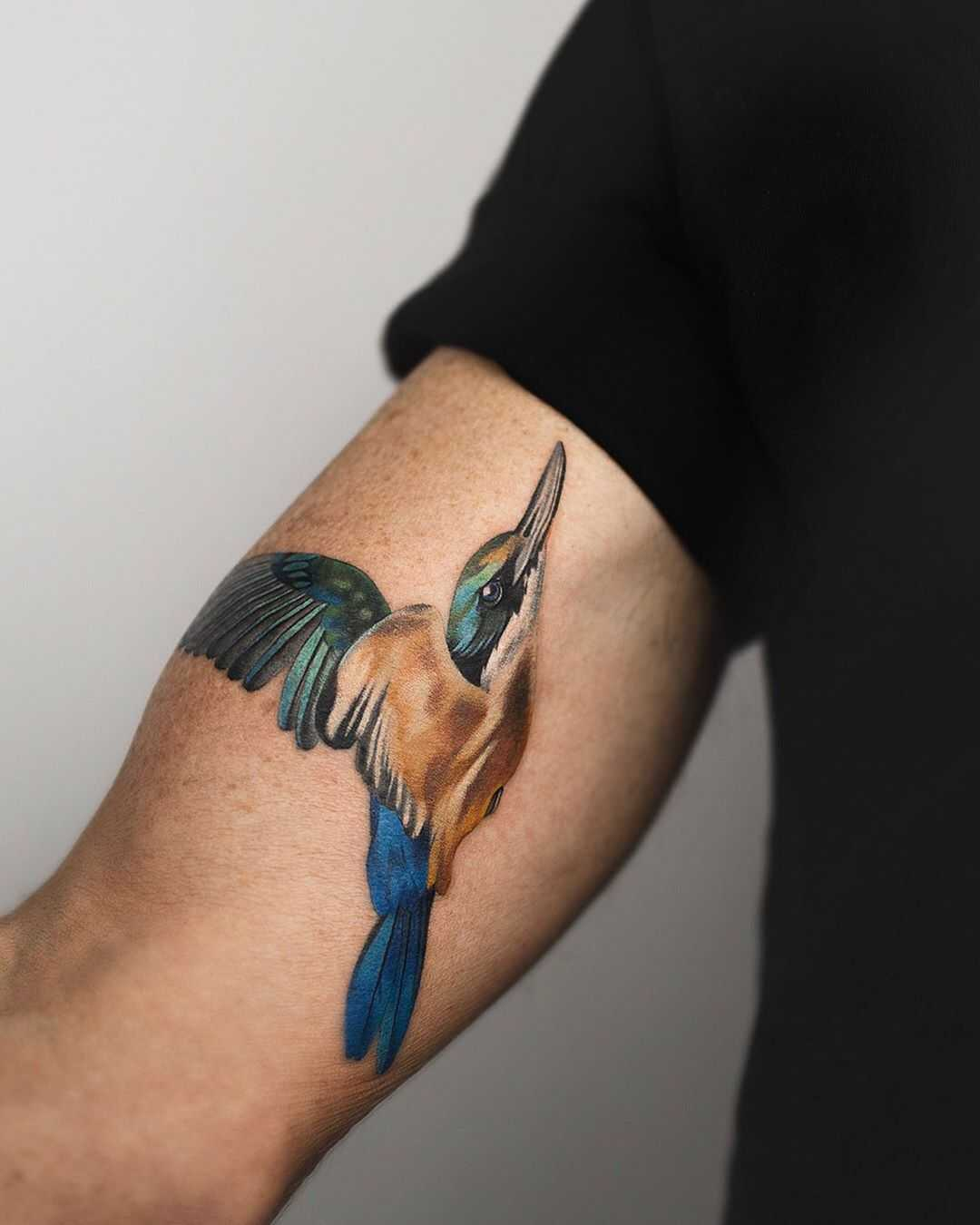 Sacred Kingfisher tattoo by Rey Jasper
