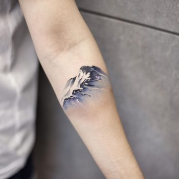 Snow mountain by tattooist Chenjie