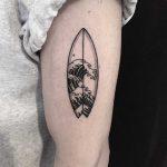 Surfboard by tattooist yeontaan