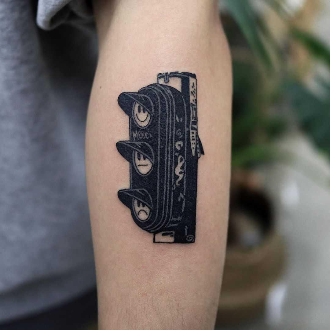 Traffic light tattoo by Puff Channel