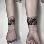 Wave bracelet by tattooist Oozy