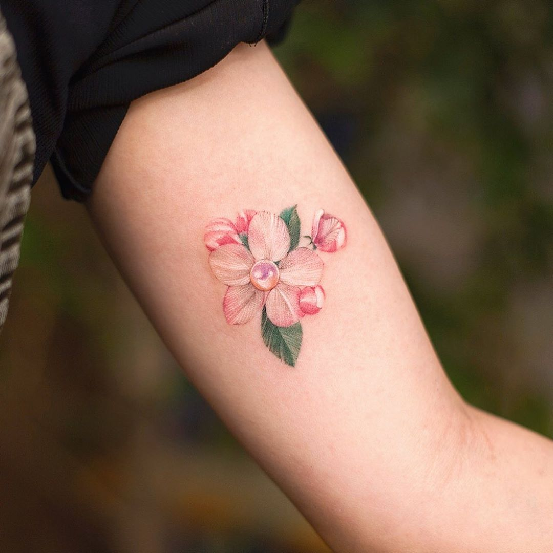 Apple flower by tattooist Franky