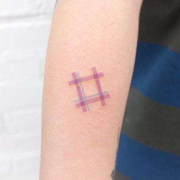 Check pattern by tattooist Saegeem