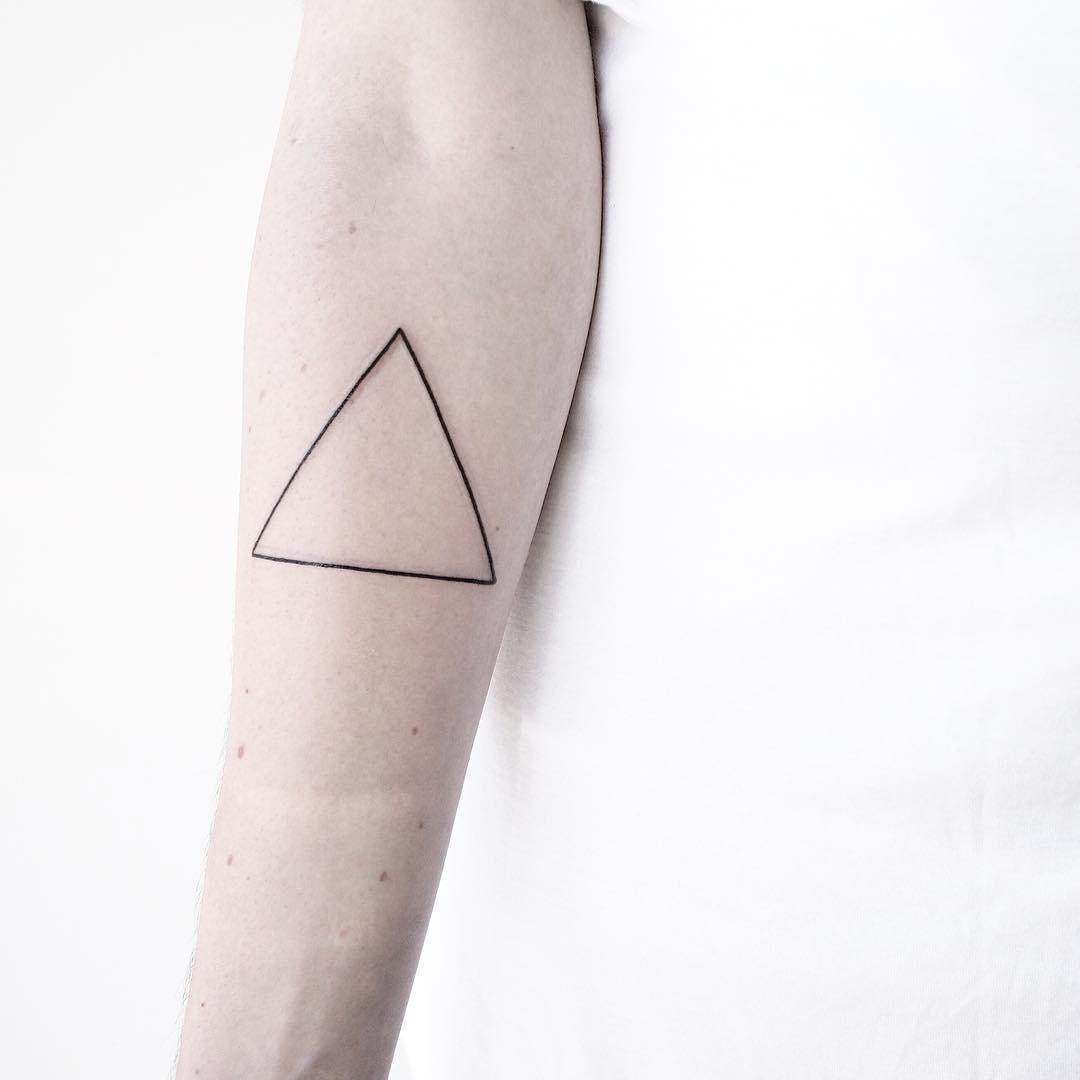 Clear triangle by Malvina Maria Wisniewska