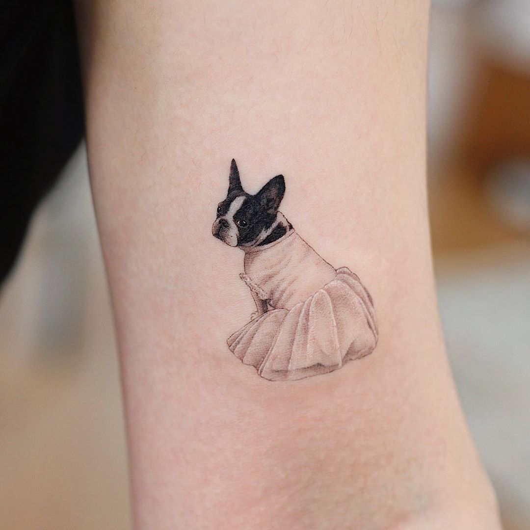 Dressed up Frenchie by tattooist Saegeem