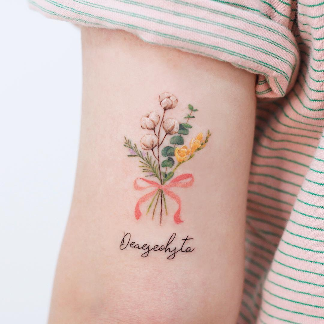 Floral bouquet by tattooist Saegeem