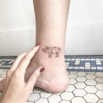 Geometric pig by Sara Kori