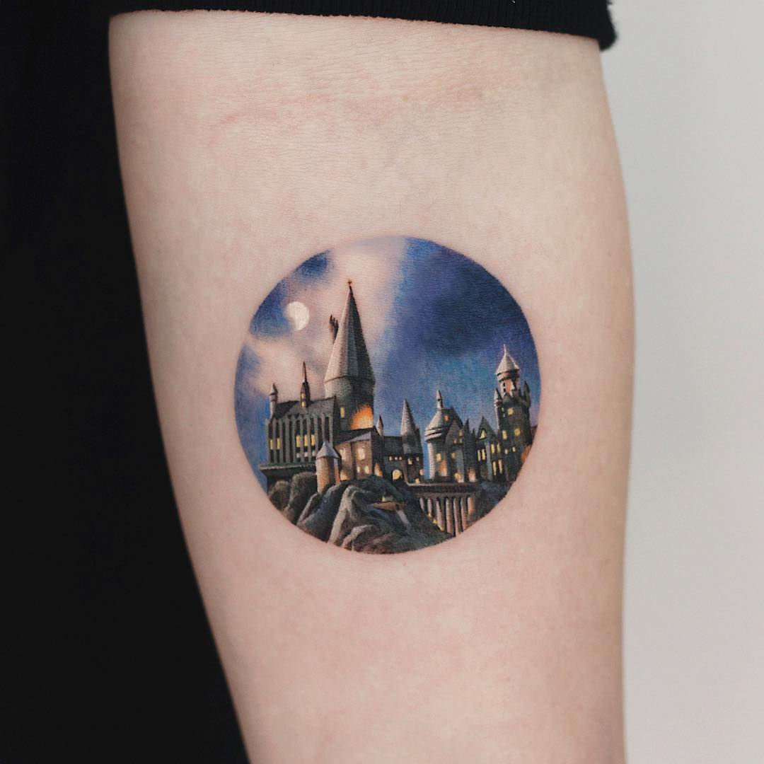 Hogwarts Castle by tattooist Saegeem
