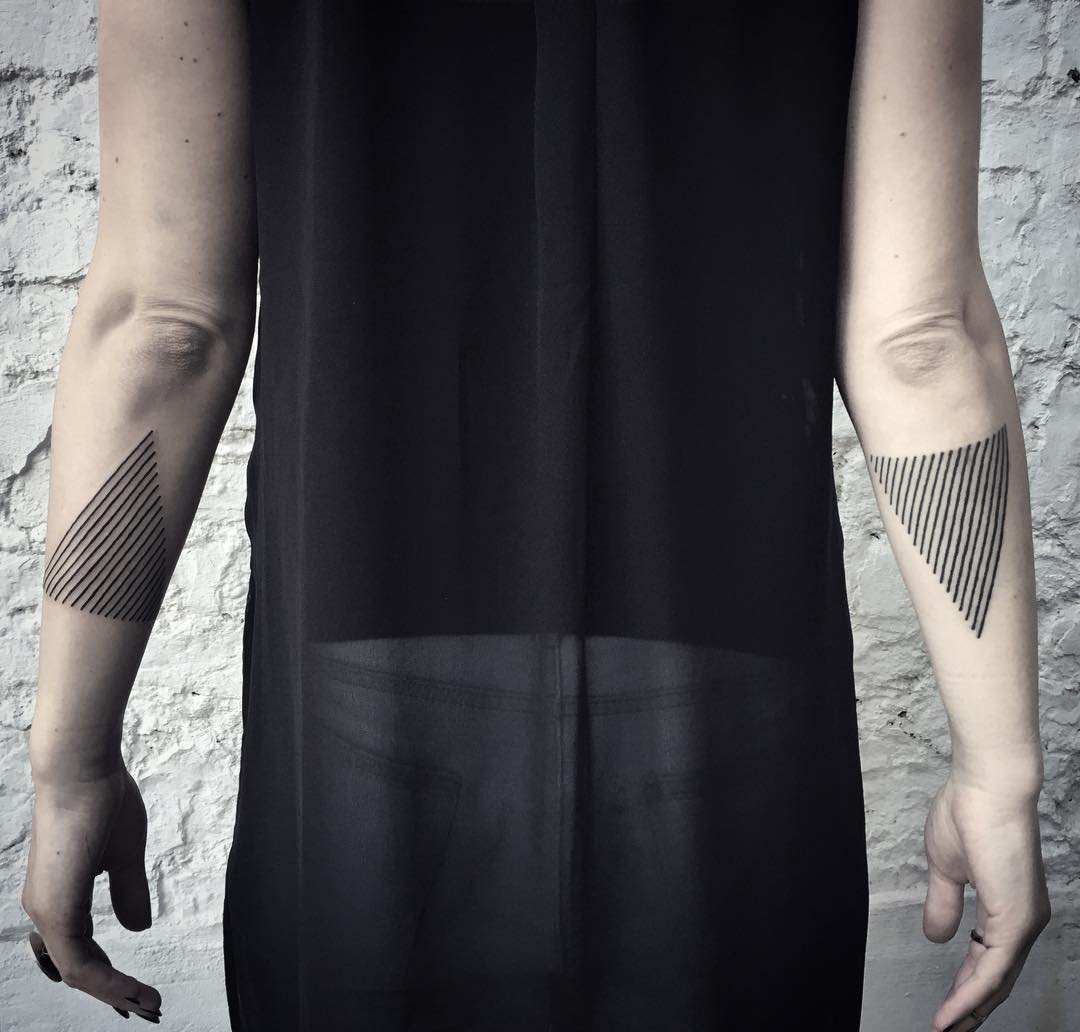 Linear triangles by tattooist MAIC