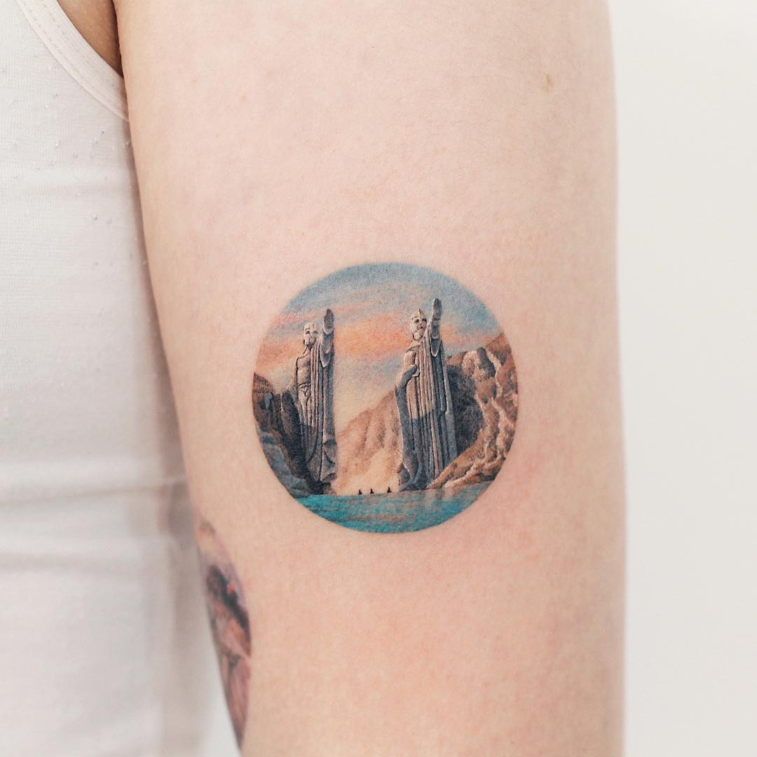 Lord of the Rings The Argonath tattoo by tattooist Saegeem