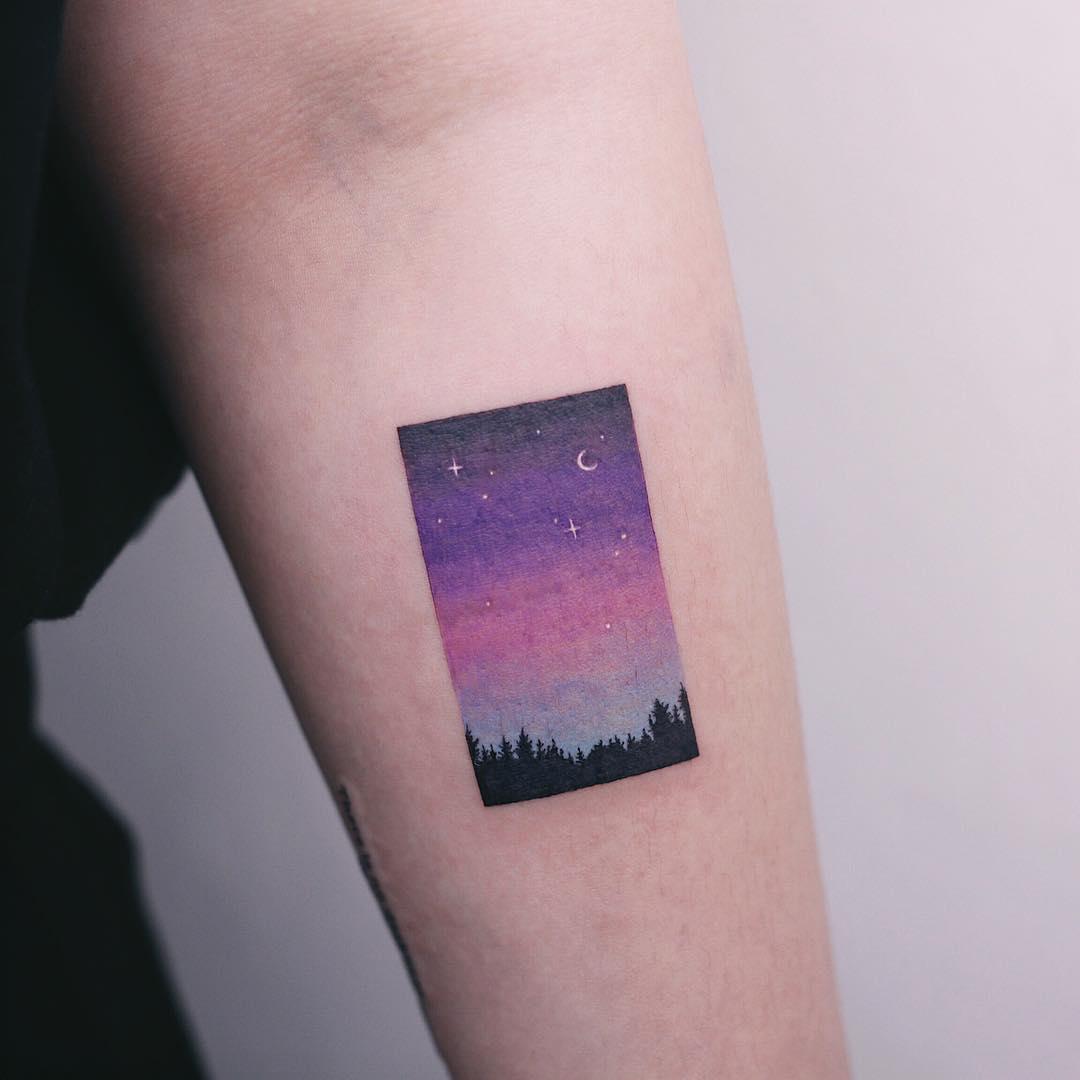Nostalgic night sky by tattooist Saegeem