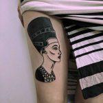 Queen Nefertiti by Tristan Ritter