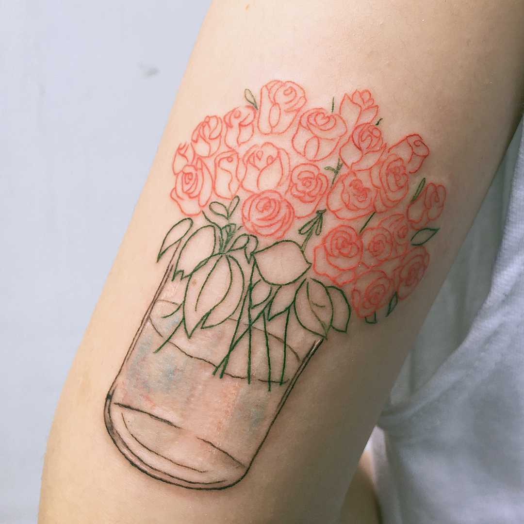 Roses in a vase by tattooist Cozy