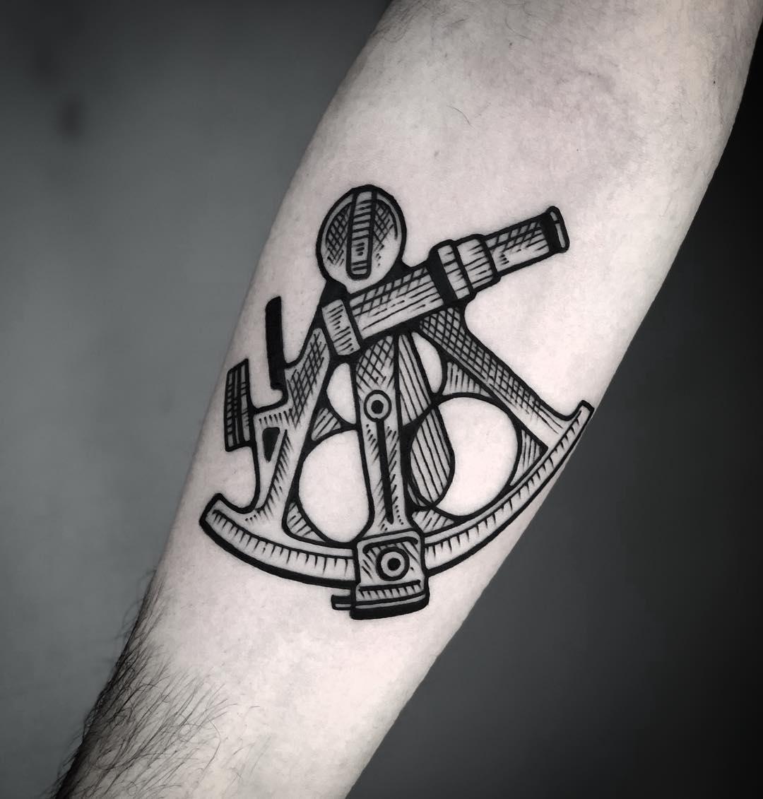 Sextant tattoo by tattooist MAIC