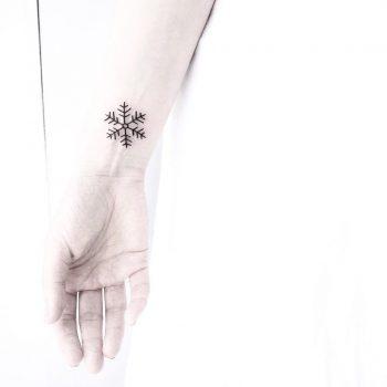 Snowflake by Malvina Maria Wisniewska