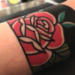 Traditional detail rose by tattooist Alejo GMZ