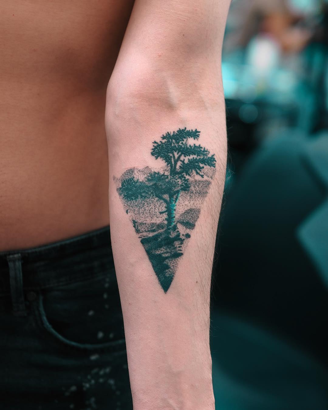 Tree by Evgeny Mel