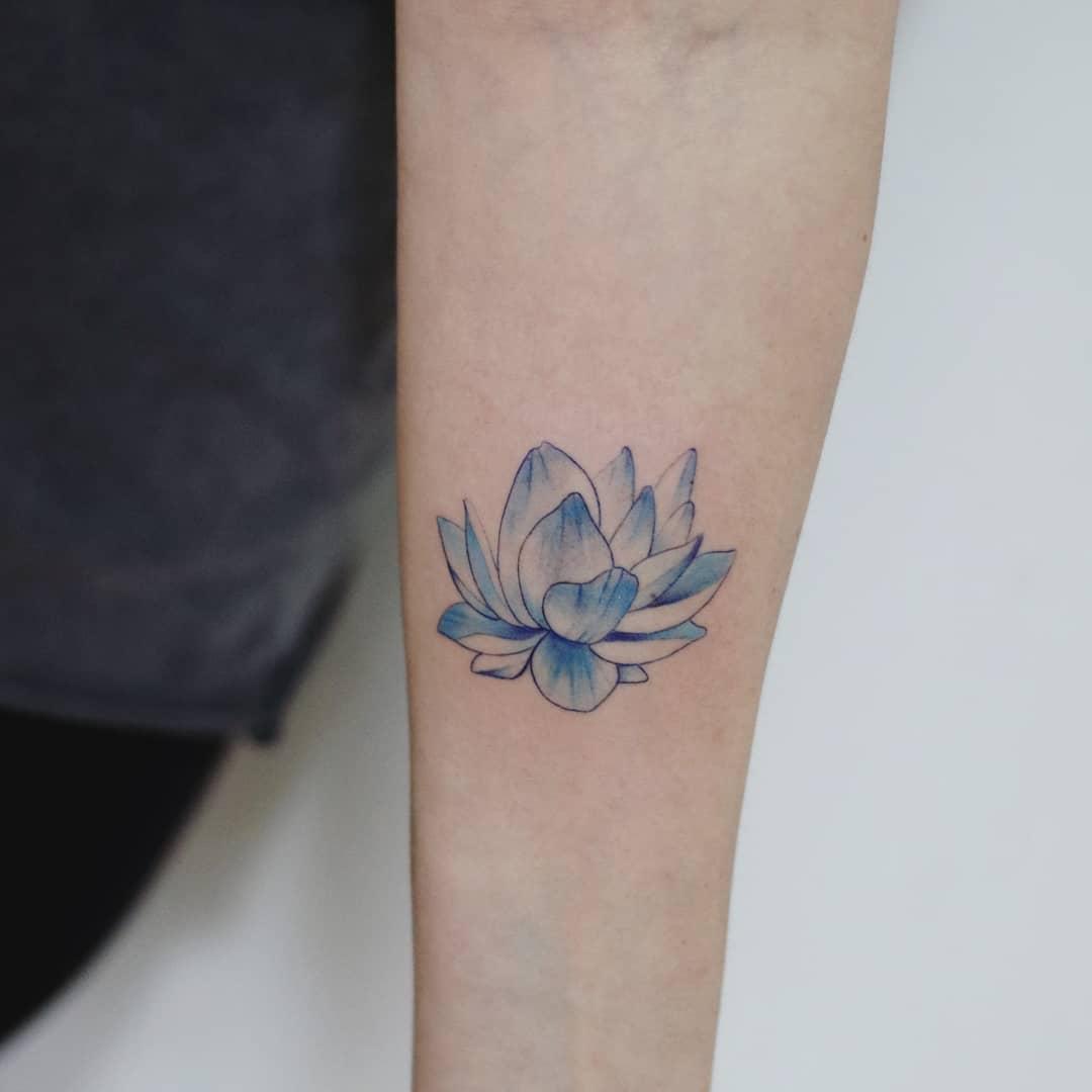 Blue Lotus by Hakan Adik