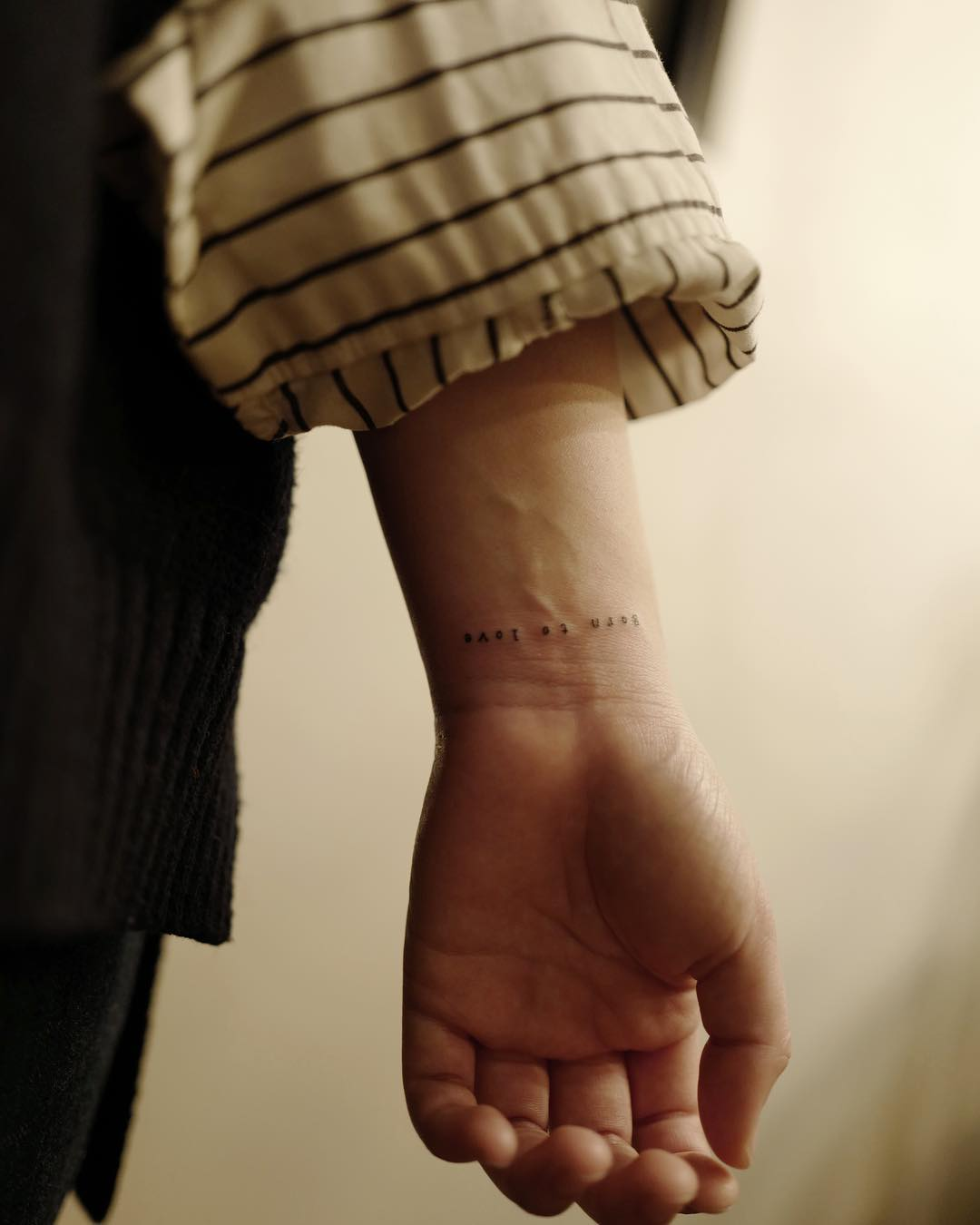 Born to love by @tattoo_a_piece