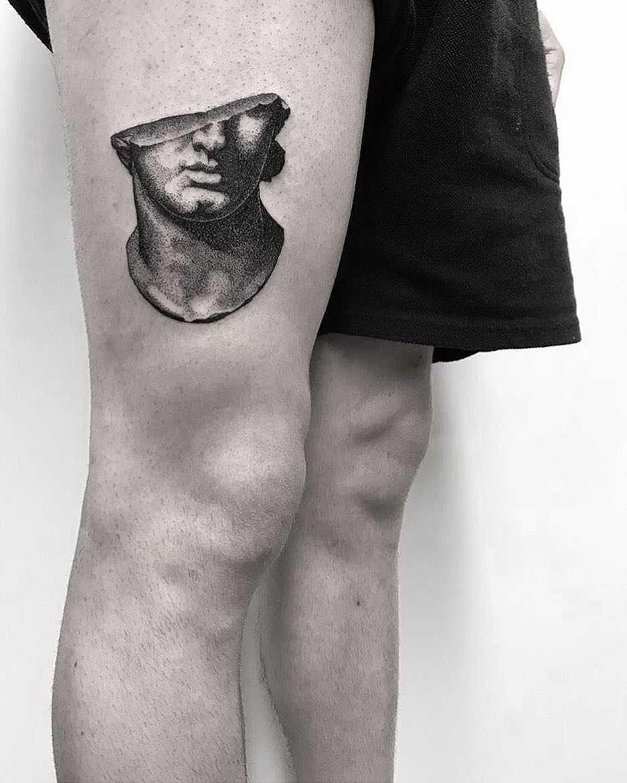 Bust by Koldo Novella