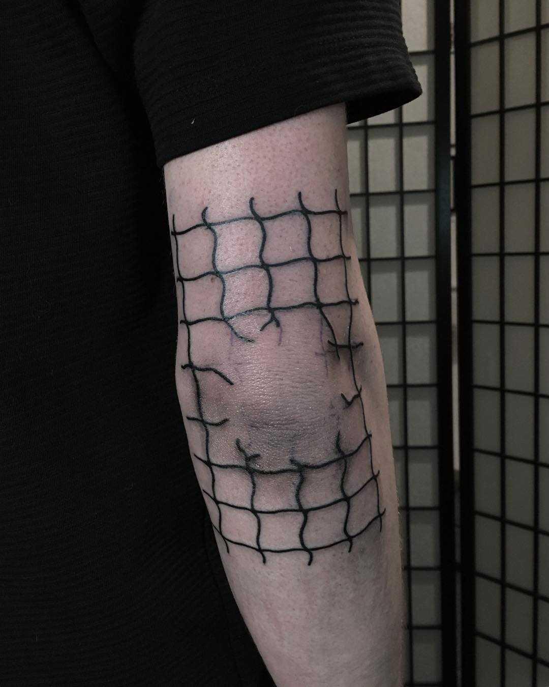 Fence net by @skrzyniarz_