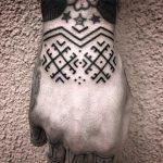 Folk pattern by tattooist MAIC