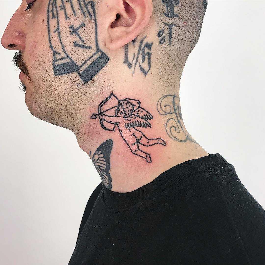 Heartbreaker tattoo by @themagicrosa