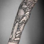 Interesting piece by tattooist MAIC