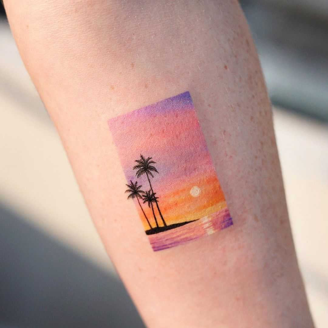 Island and sunset by tattooist Saegeem
