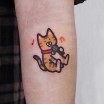 Karaoke kitten by @jizottt