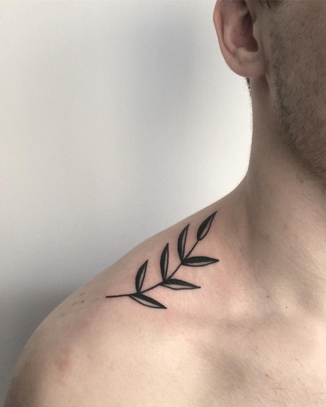 Small branch d by @skrzyniarz_