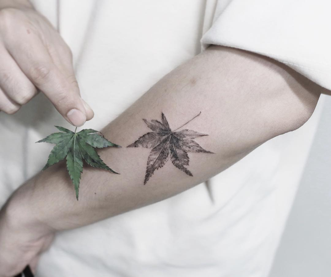 Black and grey leaf by @tattooist_flower
