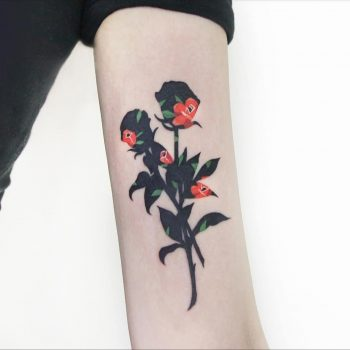 Black and red roses by @polyc_sj